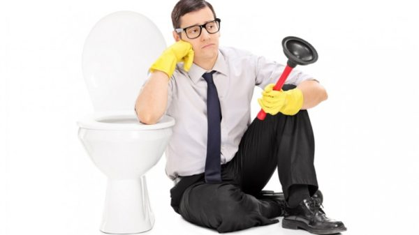 Why Do All My Toilets Keep Clogging? Diagnosing a Clogged Toilet